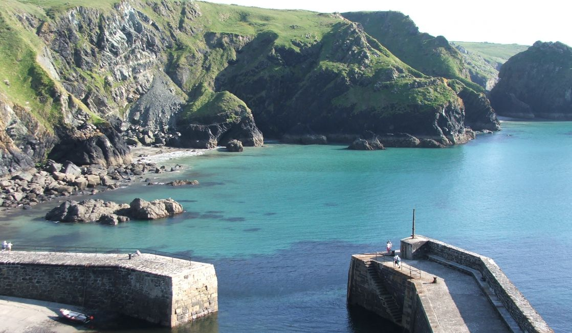 Mullion Cove cliffs