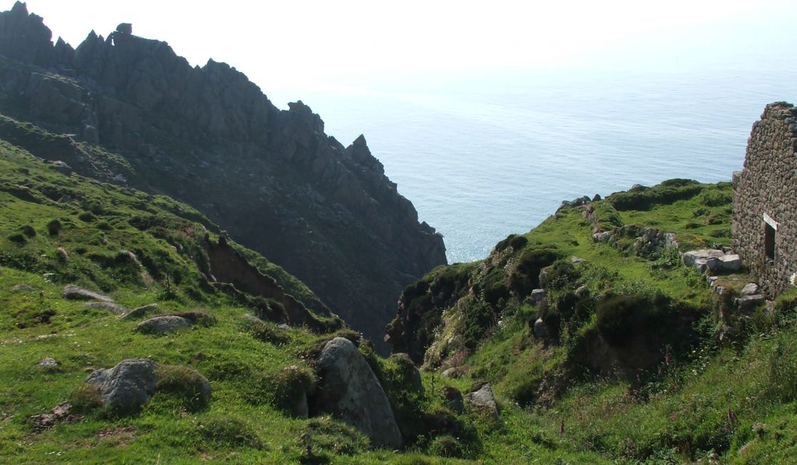 Jagged cliffs near to Bosigran, Cornwall