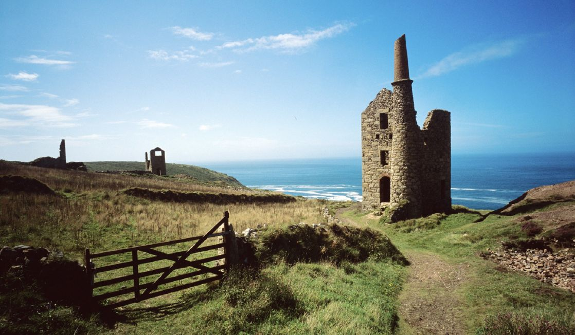 Abandoned mines at Botallack