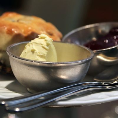 cream tea on a plate