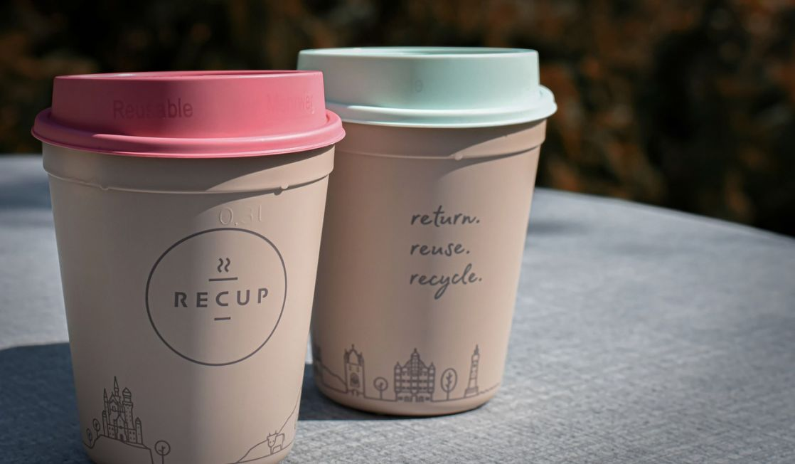 re-usable coffee cups