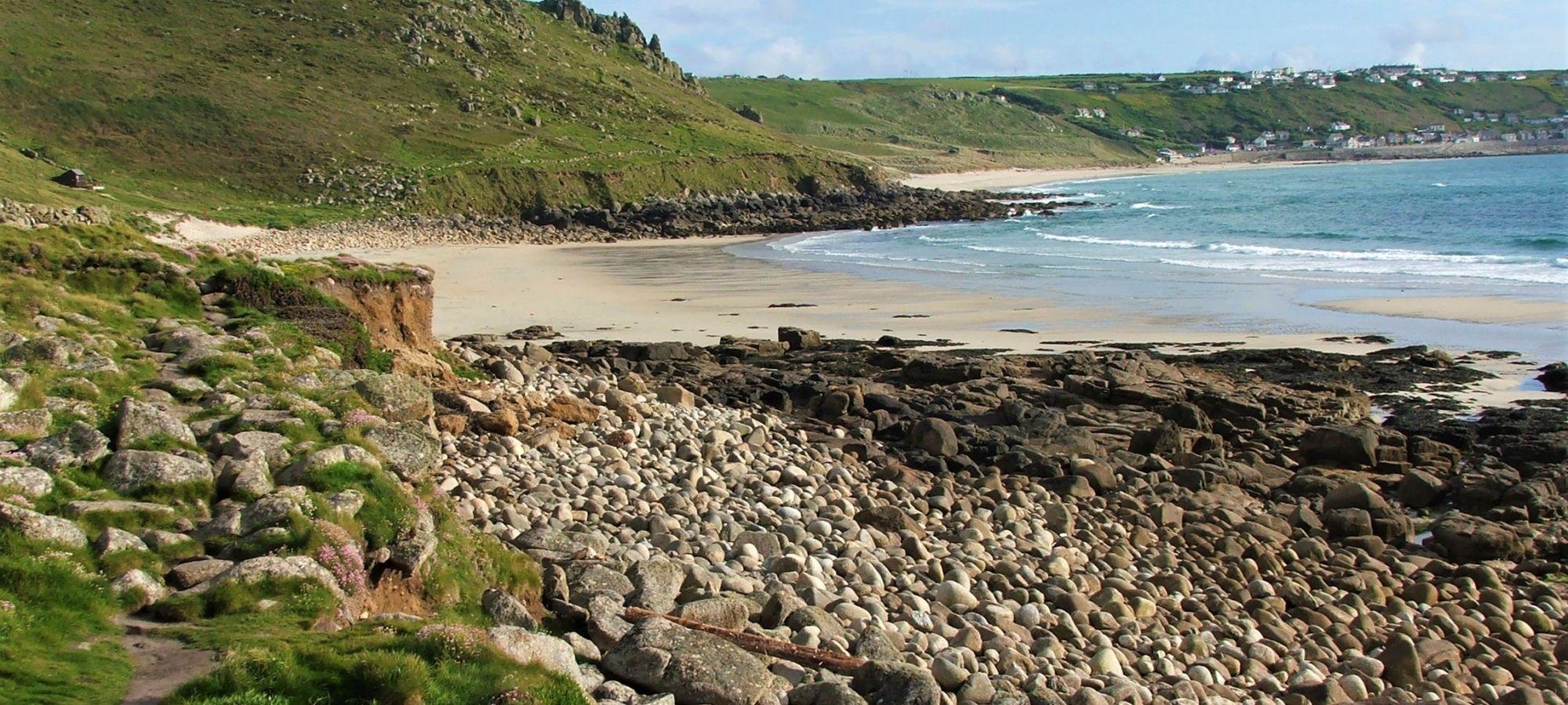 gwnever beach